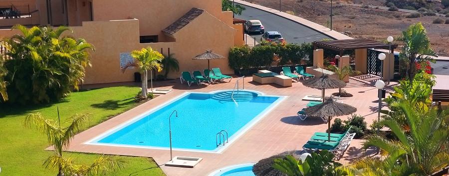 the swimmimg pool.jpg