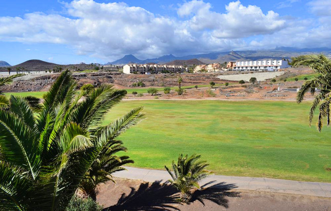 Golf course view to the mountains.jpg