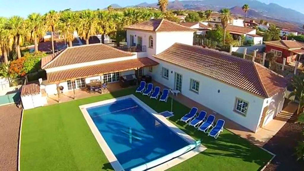 Villa Guapa 1.jpg
