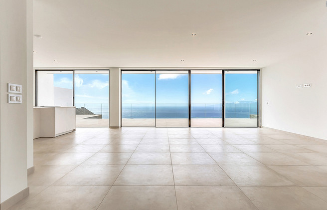Bright living space with incredible view