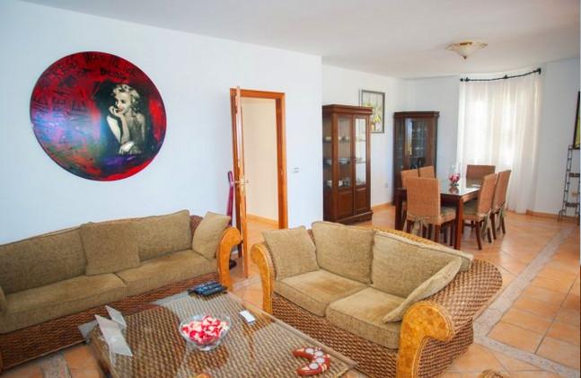 Villa for sale in Los Cristianos - the l