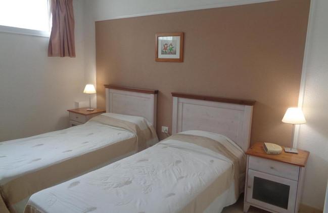 Los Geranios, the bedroom.jpg