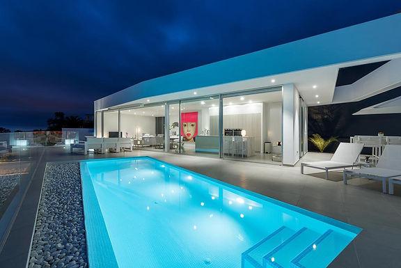 Elegant newley built contemporary villa in Roque del Conde, Tenerife