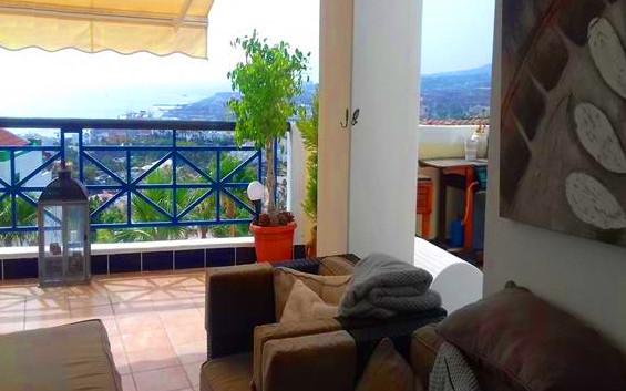 Villa with spectacular views.jpg