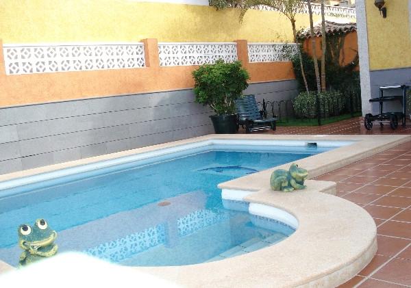 The swimming pool.jpg