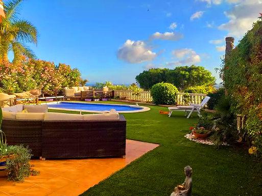 Beautiful villa for sale in Amarilla Golf