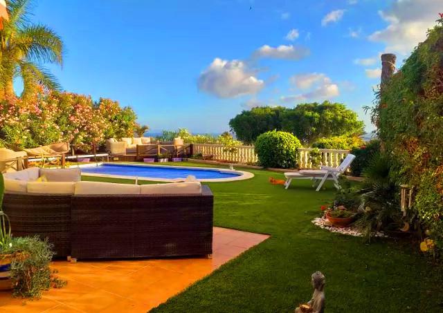 Beautiful garden with pool.jpg