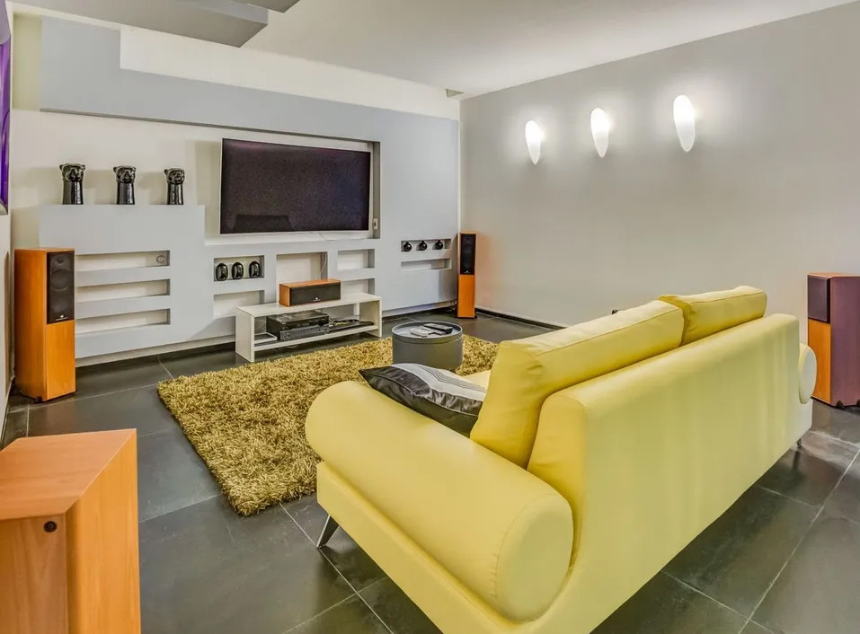 bwsement apartment