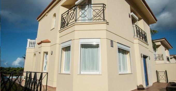 Villa for sale in Los Cristianos.jpg