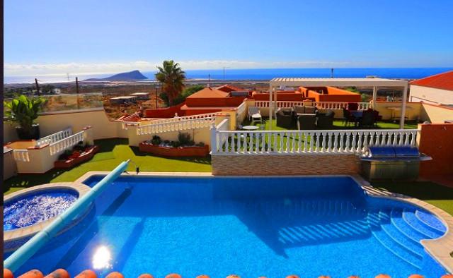 Luxury country villa in Tenerife, the po