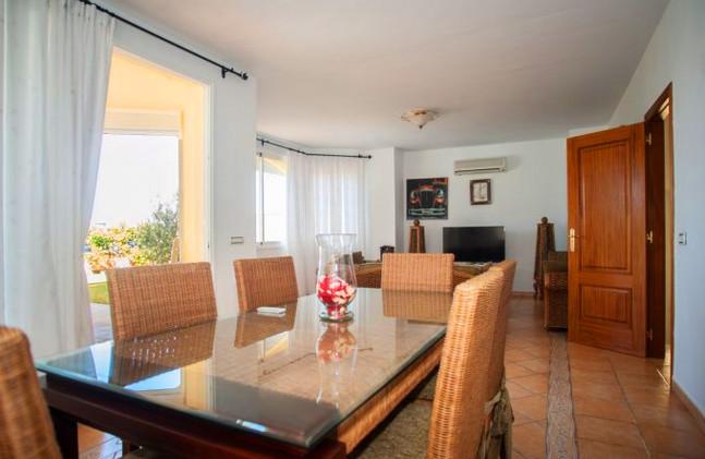Villa in Los Cristianos, dining area.jpg