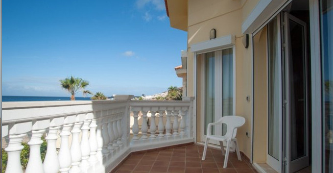 Bedroom balcony.jpg