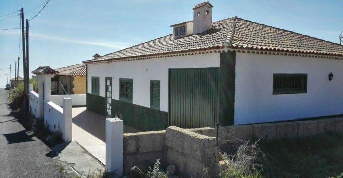 house in Vilaflor.jpg