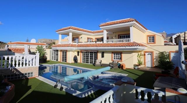 Luxury country villa in Tenerife.jpg