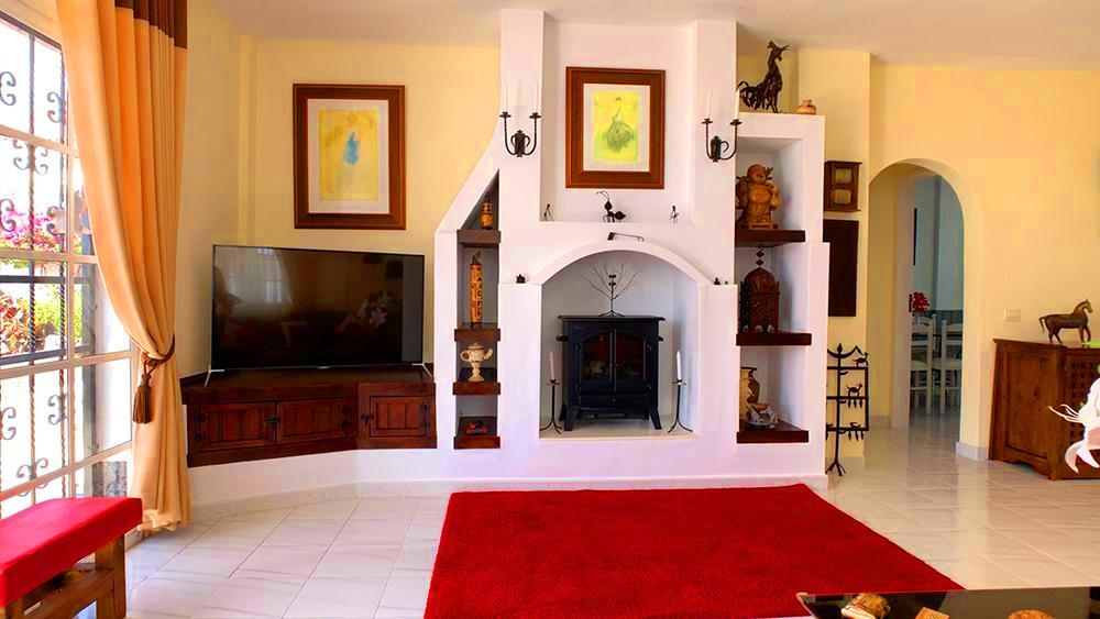Villa in Callao Salvaje, living room.jpg