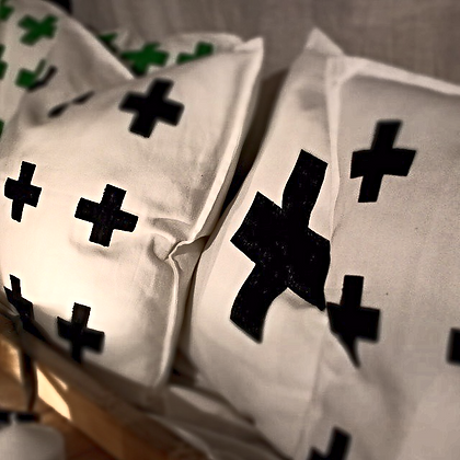 Pillow cross
