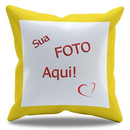 Almofada Personalizada com Foto e Borda Amarela