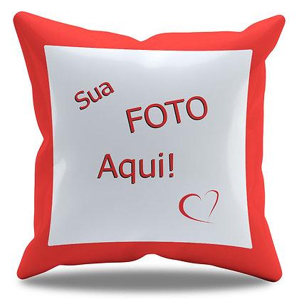 Almofada Personalizada com Foto e Borda Vermelha