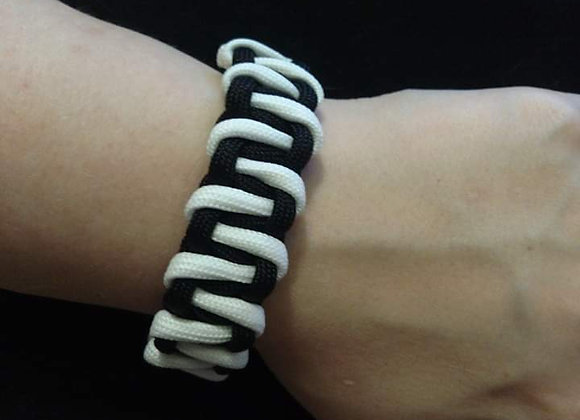 Zebra Stripe Paracord Bracelet