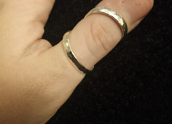 Hammered Wide Band Swan Neck Splint