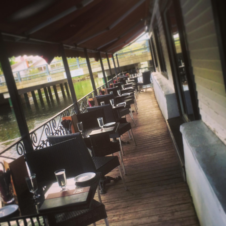 Terrasse du Pub