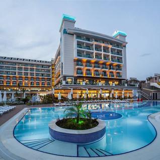 Luna Blanca Resort Hotel