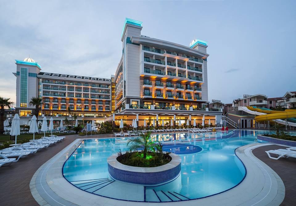 Luna Blanca Resort Hotel – 2014.jpg