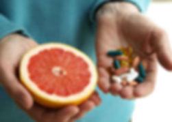 frutas e fita métrica