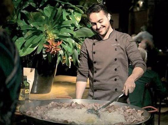 chef Gabriel Trillo do restaurante Omilía