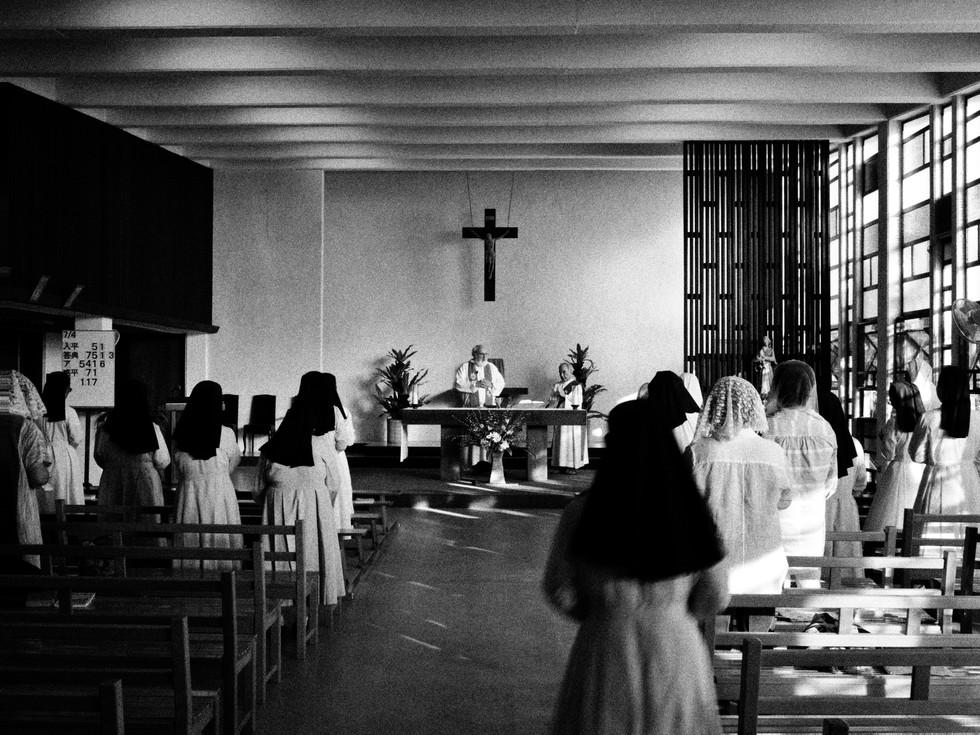 町の光となりたい(沖縄・聖クララ教会)