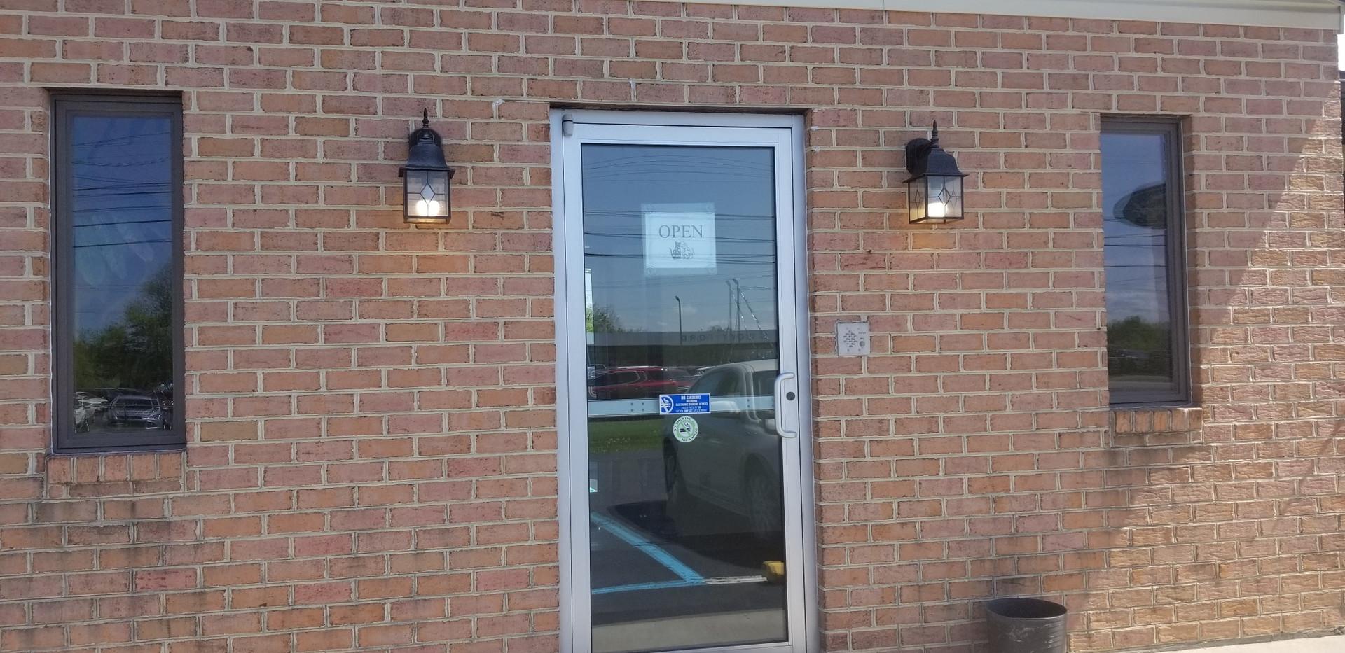 AVS Mountainland Entry Door