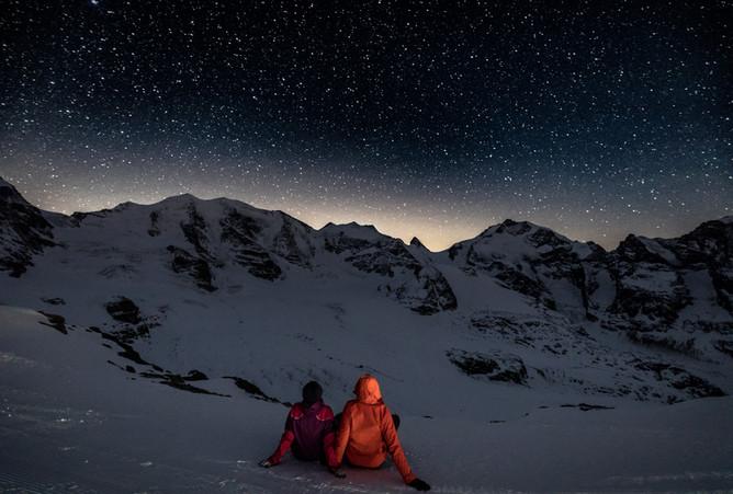 Von welchen Sternen sind wir hier einander zugefallen?