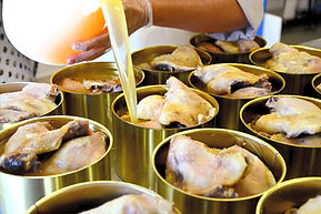 canards-chez-degert-confits-de-canard-preparation