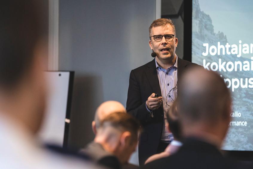 Ohjelmisto E-Business - Pekka Pohjakallio