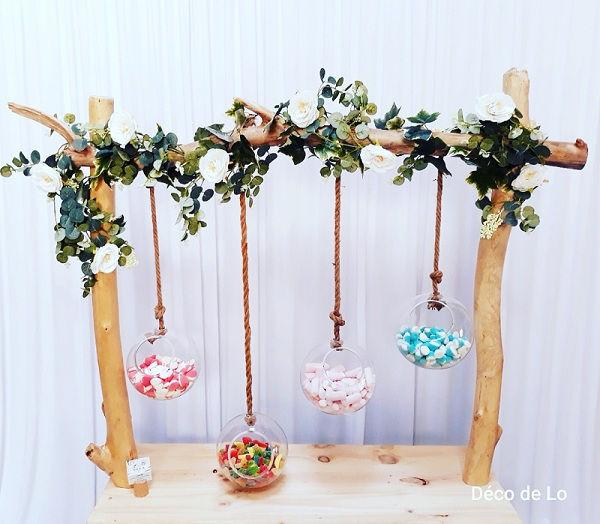 bar bonbons bois flotté suspendu boule en verre corde fleurs candy bar décoration mariage Perpignan Pyrénées Orientales 66
