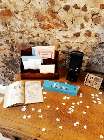 table école coeur signature livre cahiers  décoration decoration mariage wedding evenement perpignan pyrenees orientales 66 vintage deco de lo