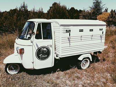 tchin-mobile-bar-mobile-perpignan-mariage-tuktuk.jpg
