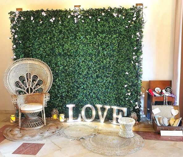 photobooth-vegetal-mariage-deguisement-decor-perpignan.jpg