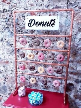 Bar à donuts suspendu candy bar perpignan 66 location pyrénées orientales décoration mariage anniversaire fête