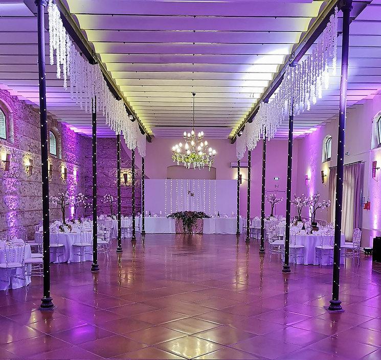 decoration-salle-mariage-romantique-feerique.jpg