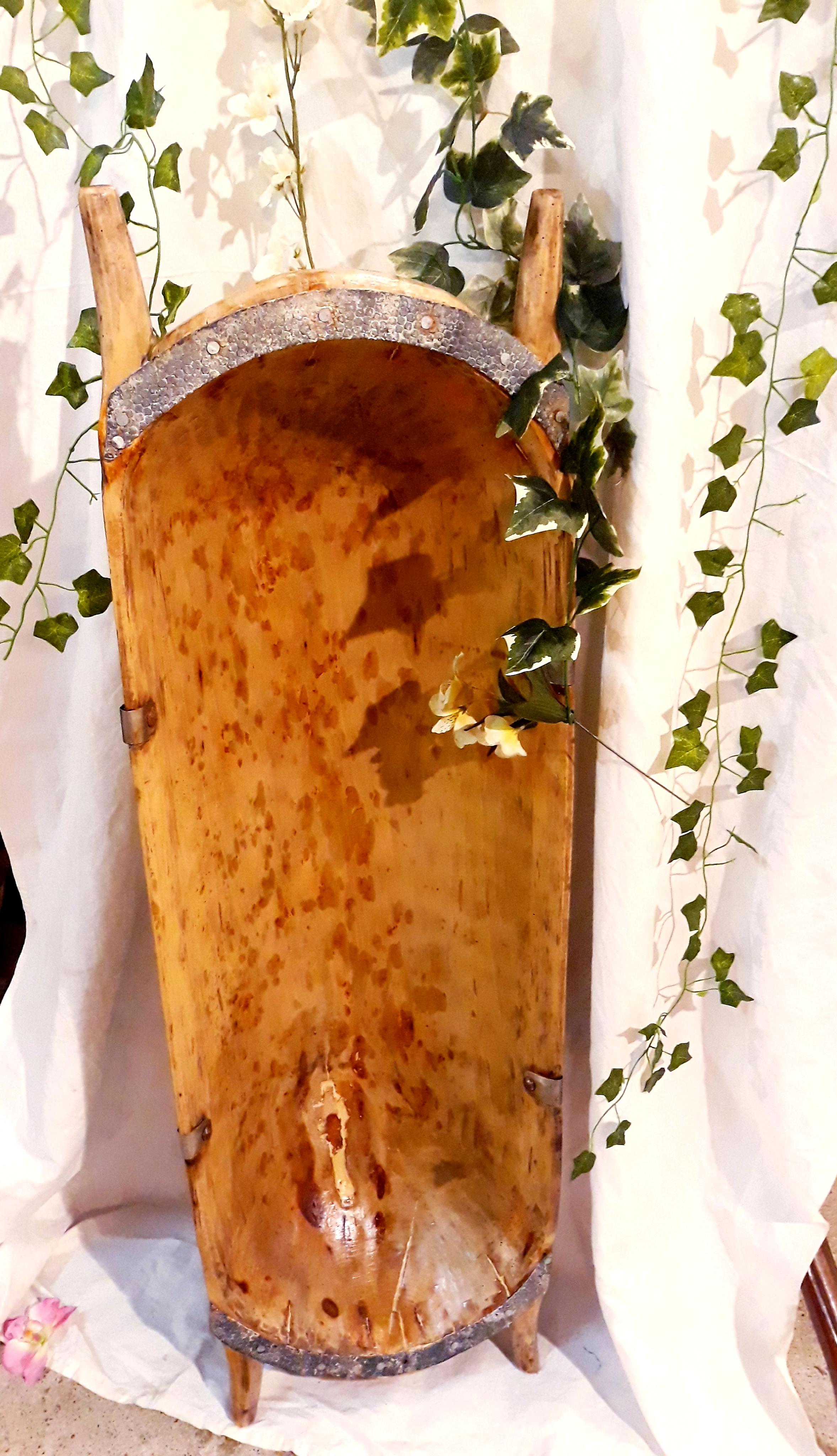 Ancien pétrin en bois décoration 66