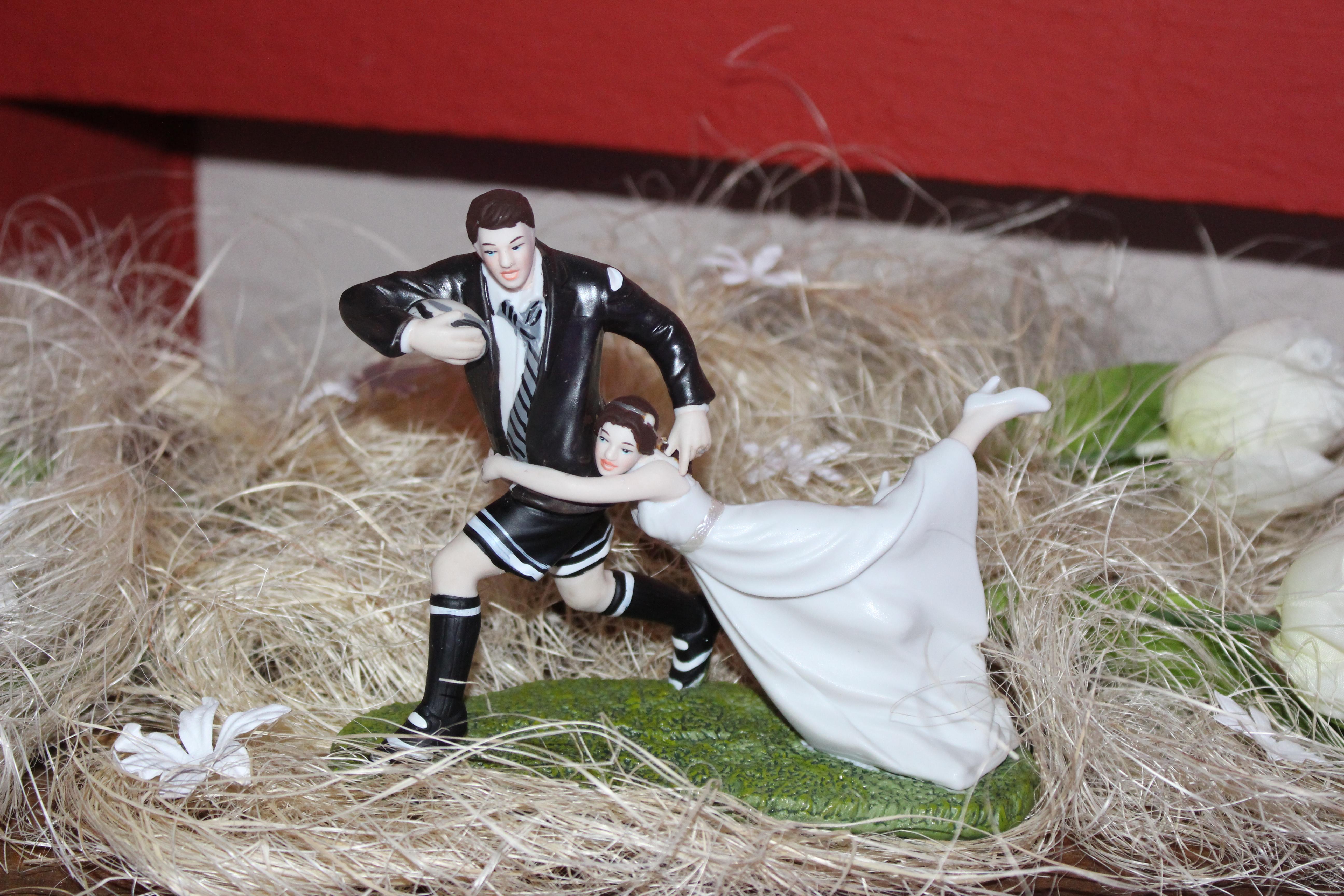 figurine mariées rugby perpignan 66