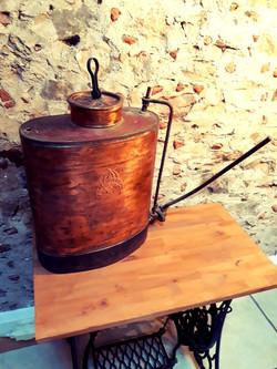 Pulvérisateur en cuivre vintage vin
