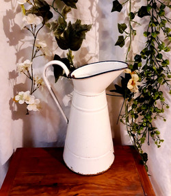 Pot à eau blanc décoration bohème