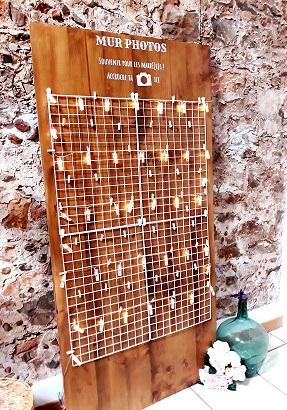 mur photos panneau en bois accrocher guirlande pince décoration mariage photobooth perpignan pyrénée
