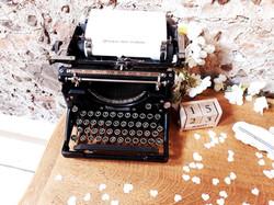 Ancienne machine écrire mariage 66