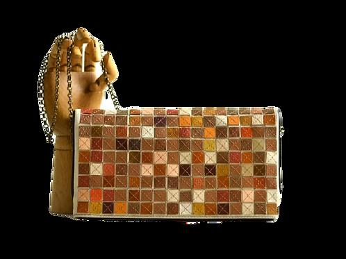 bolsa clutch mosaicos cor de terra