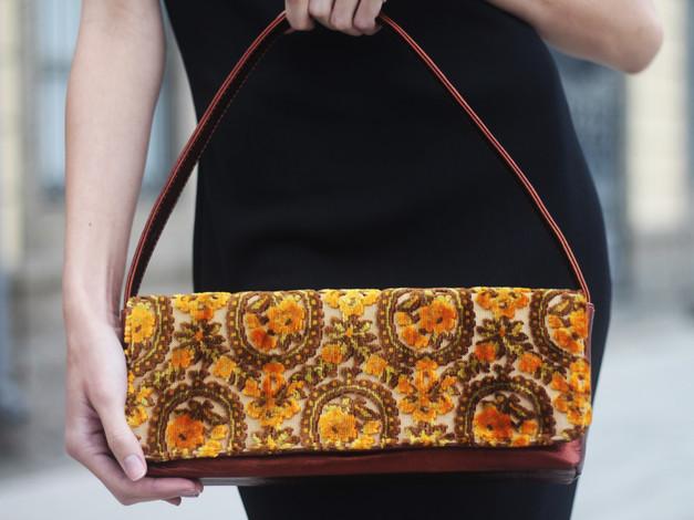 upholstery-vintage-fabric-baguette-bag-c