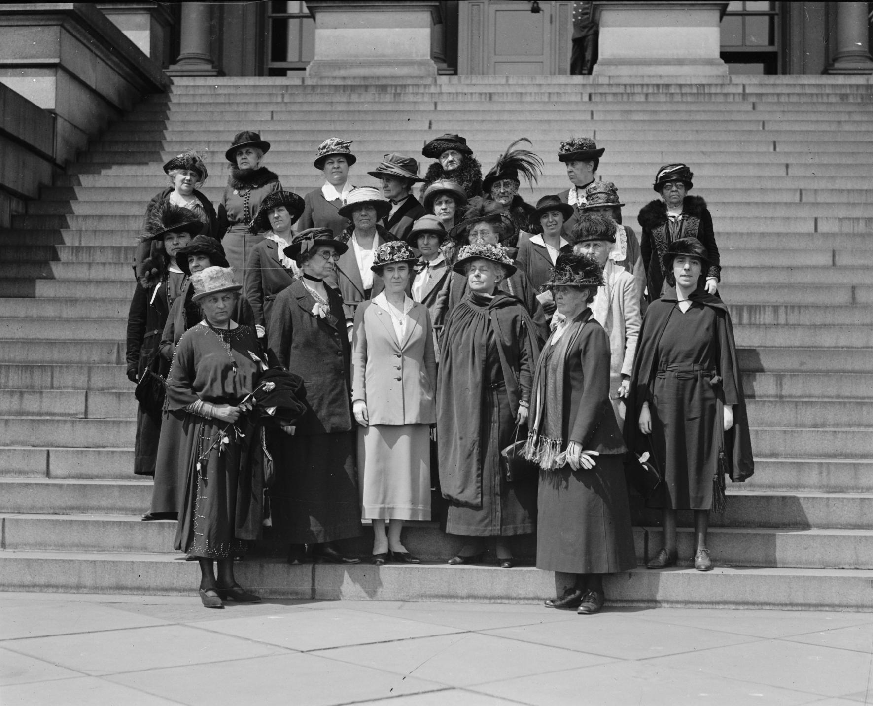 Women's_International_League,_5._1._1922
