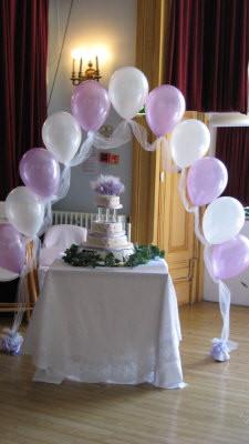 cake arch.jpg